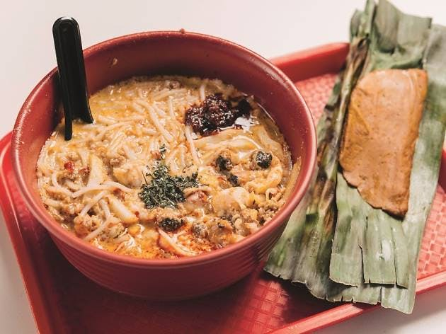328 Katong Laksa is one of the famed dishes within Meyer Mansion's vicinity.