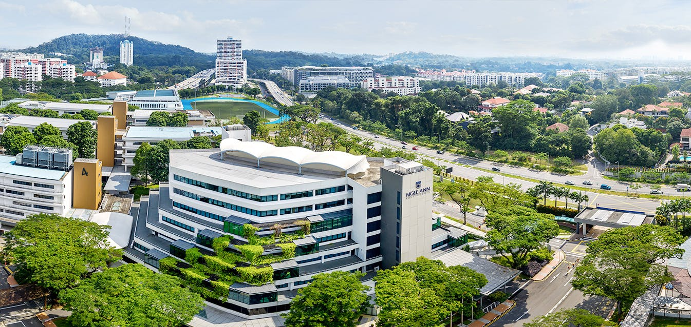 Ngee Ann Polytechnic is a 10-minute walk from Le Forett At Bukit Timah