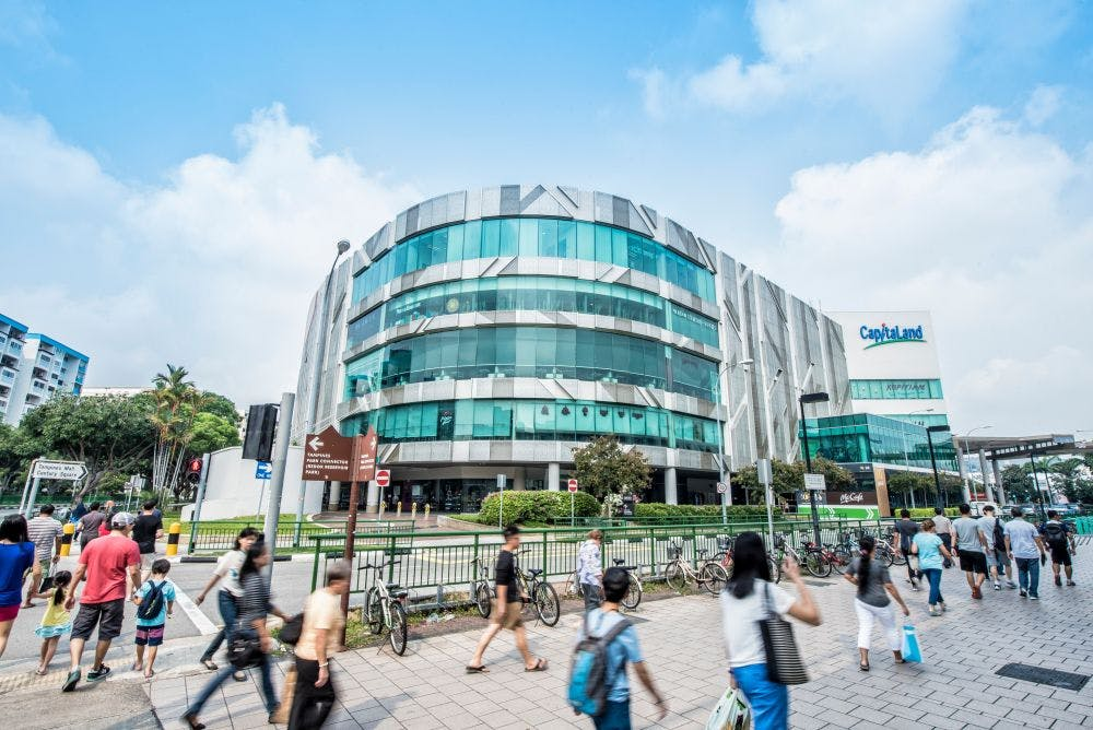 Tampines Mall is 6 minutes away from Parc Central Residences and it emcompasses many of the required amenities such as NTUC FairPrice, a Golden Village cinema, Kopitiam, and various fast food outlets.