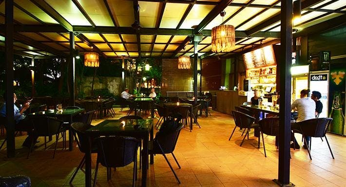 Rendezvous Bistro & Bar.