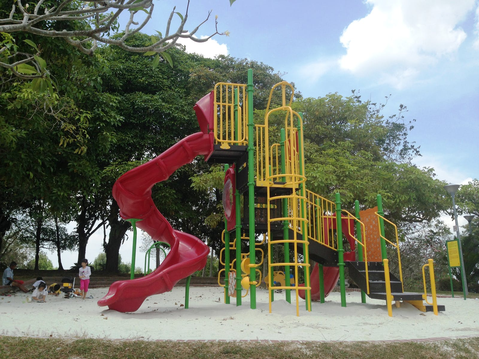 Yishun Neighbourhood Park Playground