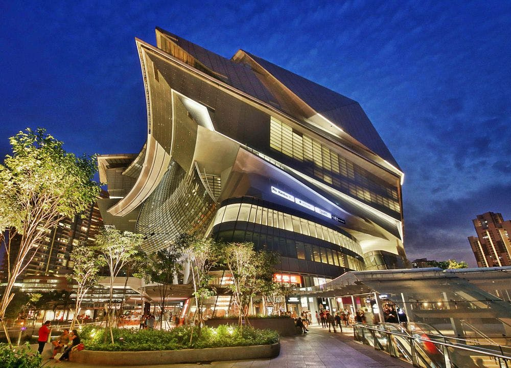 The Star Vista at Buona Vista MRT station is just one of many shopping centres available near One-North Eden.