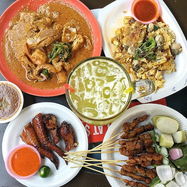 Chomp Chomp Food Centre satisfies all your local food cravings.