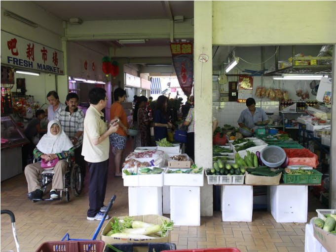 Boon Keng Market also has a wet market section where you can purchase all your produces from