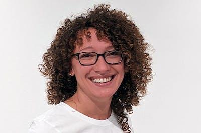 Elyse Sims, Marketing + Communication