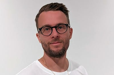 Martin Mathiasen, Business + Customers
