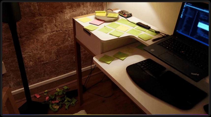 Tom Jelen's desk