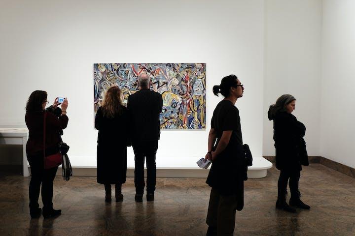How to Enhance an Art Gallery Video