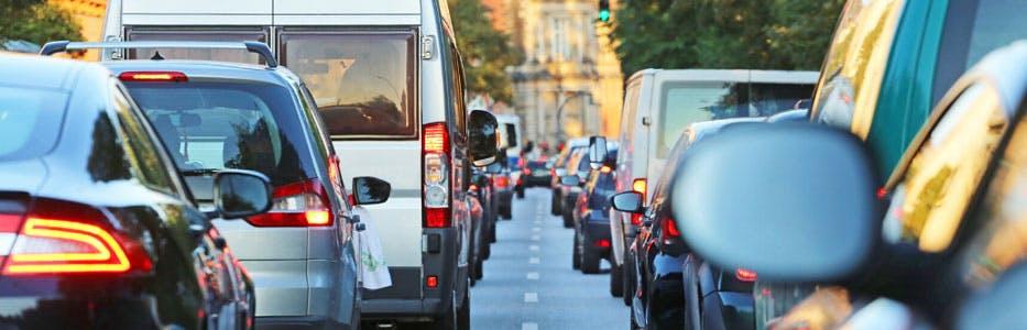 Mauvaises habitudes de conduite en ville