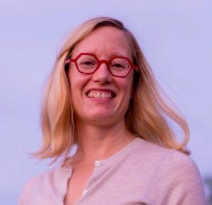headshot of Laura Noren