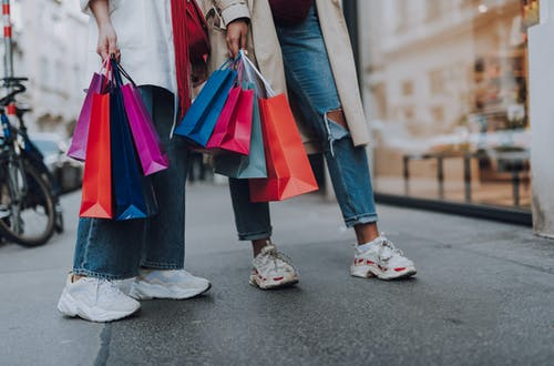 Women shopping. How to find customers