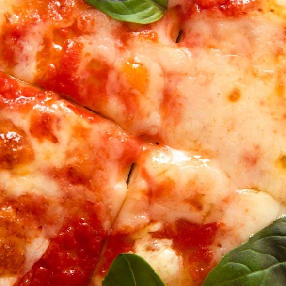 Vegan Pizza Margherita image
