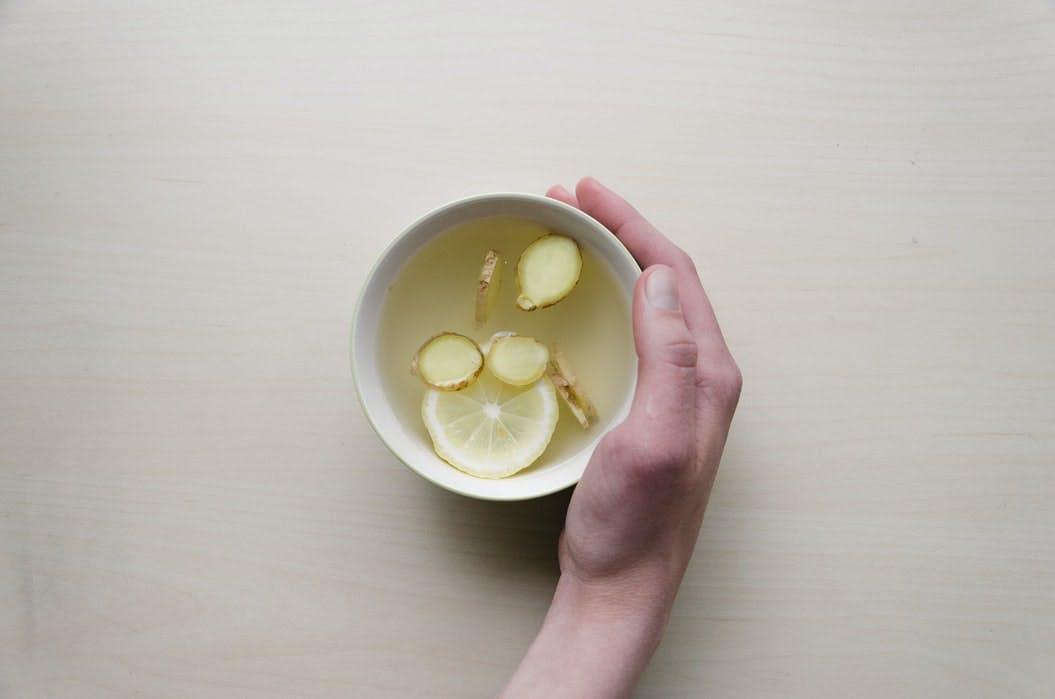 lemon and ginger tea