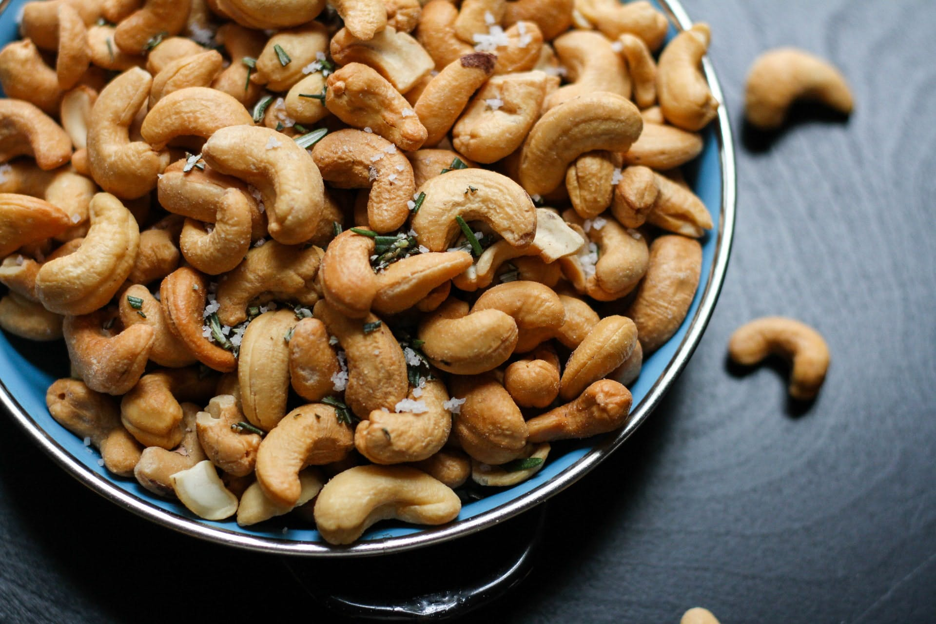 a bowl of cashew nuts