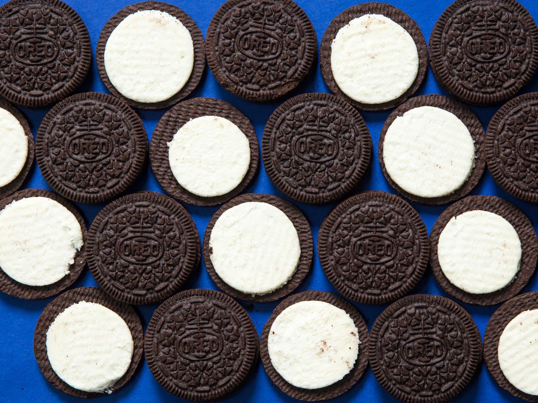 vegan oreo biscuits