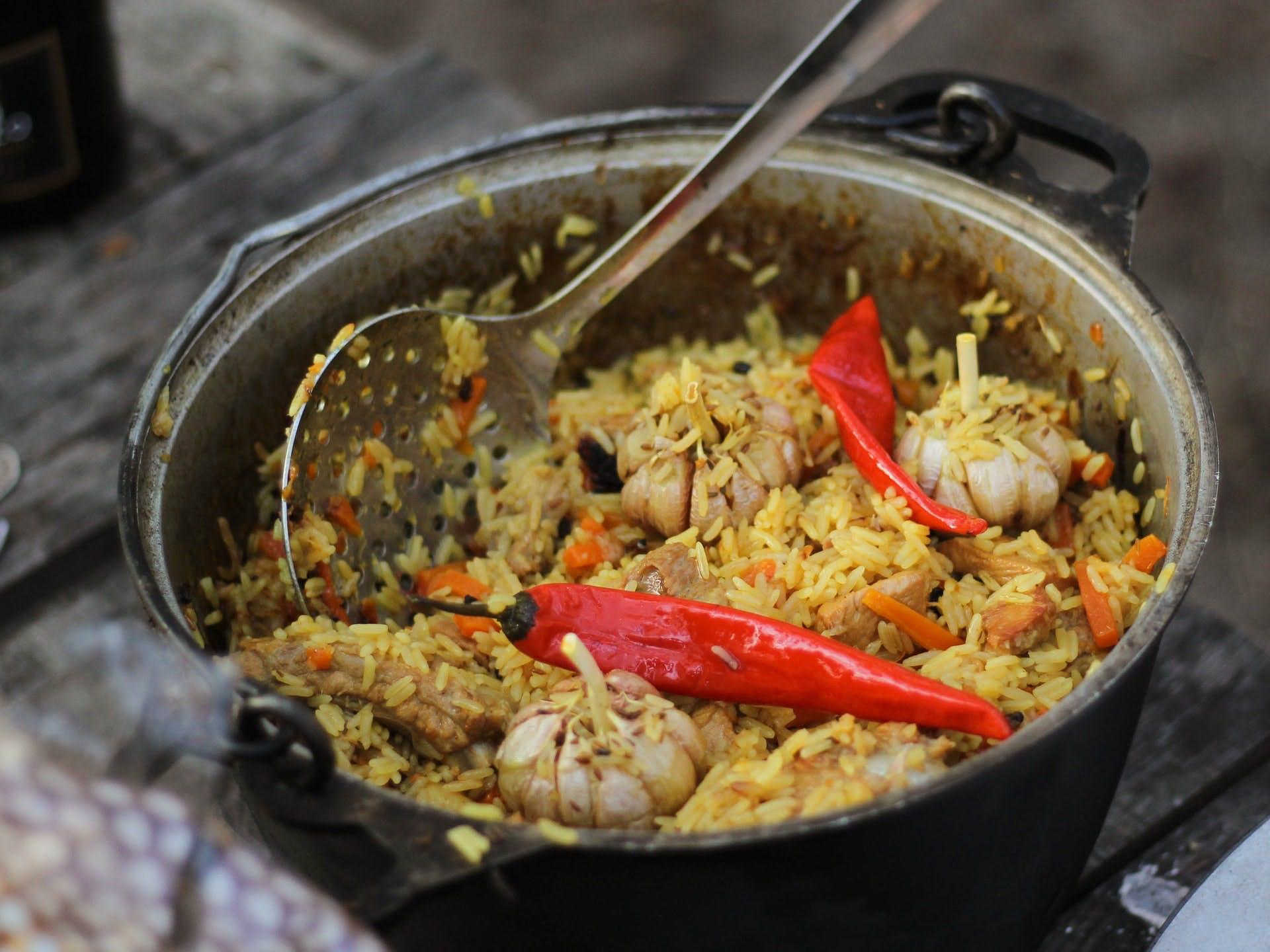 pilau rice dish