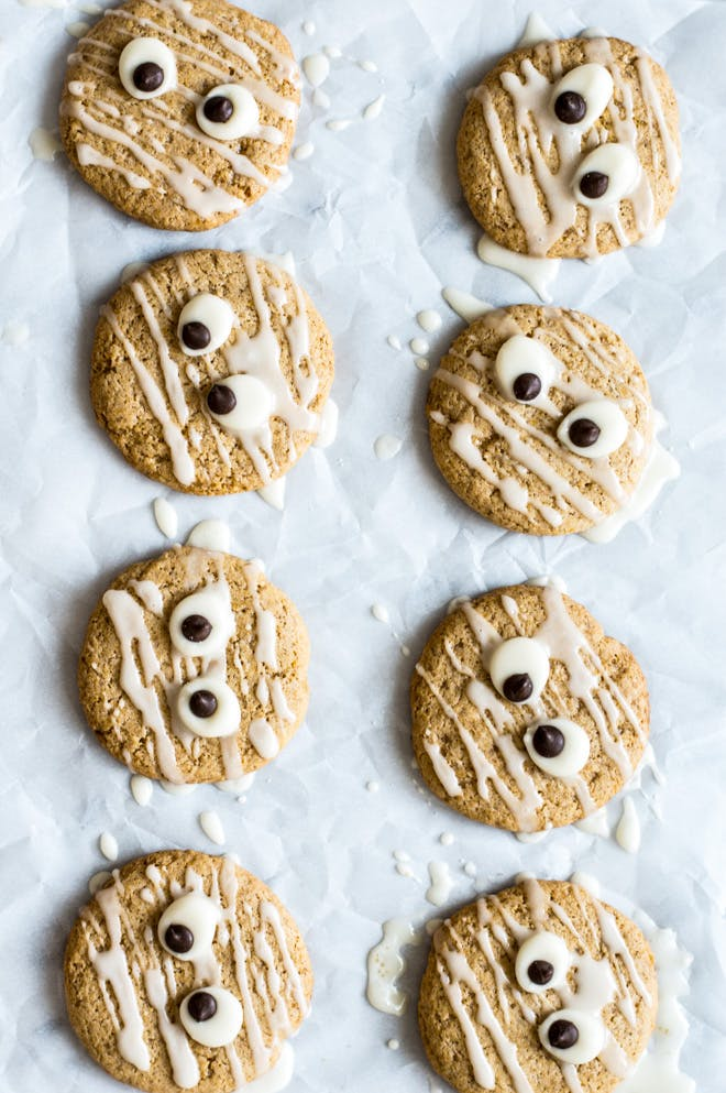 two lines of face cookies