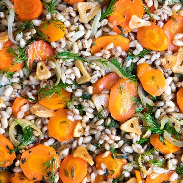 carrot onion and barley salad