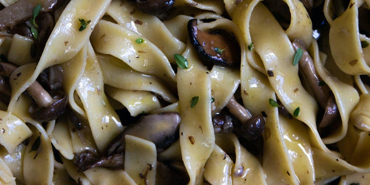 vegan wild mushroom pasta