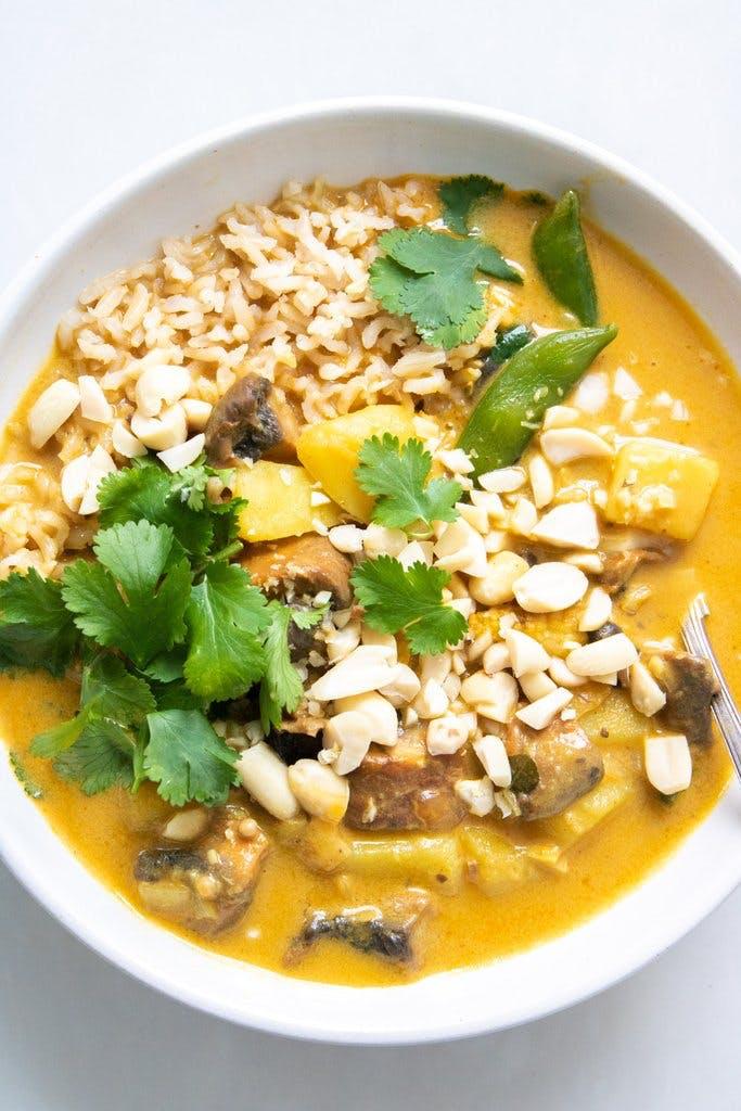 potato and sugar snap pea curry