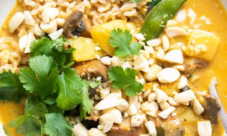 Potato and Sugar Snap Pea Curry image