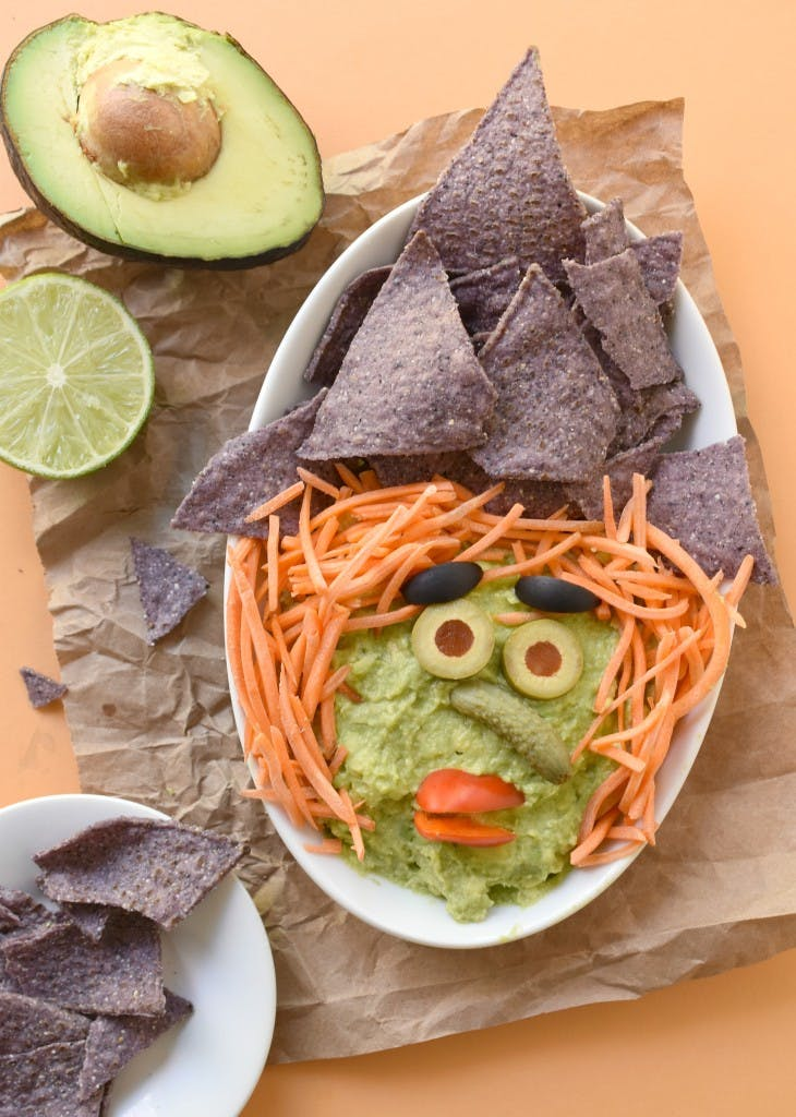 witch face guacamole dipping plate