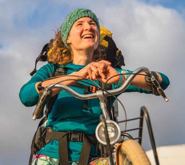 Anne Le Evans spends most of her time exploring the Scottish Highlands. Urban Packrafting is new to her.