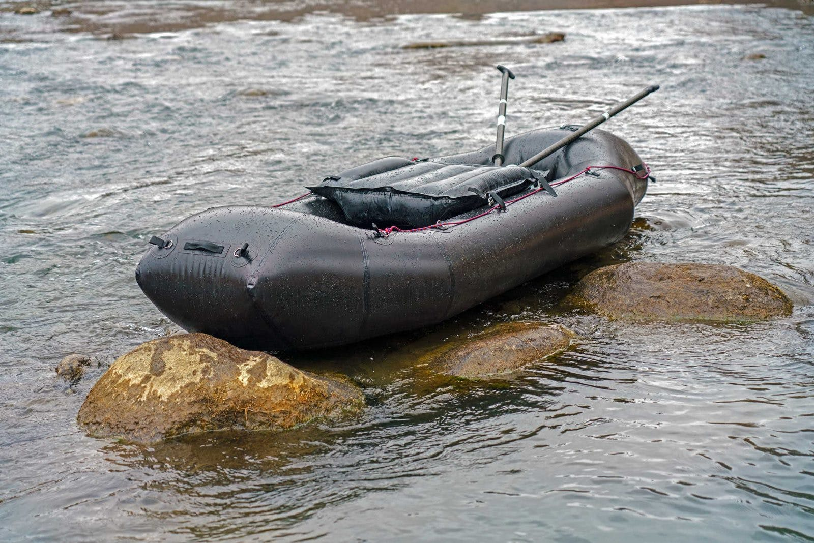 The heart of the 2018 Forager is the new bow design, which was adapted from the development of our new Caribou model. In the Forager, the new design is optimized to provide additional air volume and better performance in waves and whitewater while still providing excellent tracking and handling in the wind.