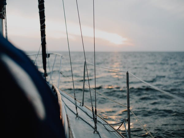 Notre objectif est que vous montiez à bord du bateau Alphacap afin de placer votre épargne et de l'investir sur des placements pertinents sélectionnés par des professionnels.