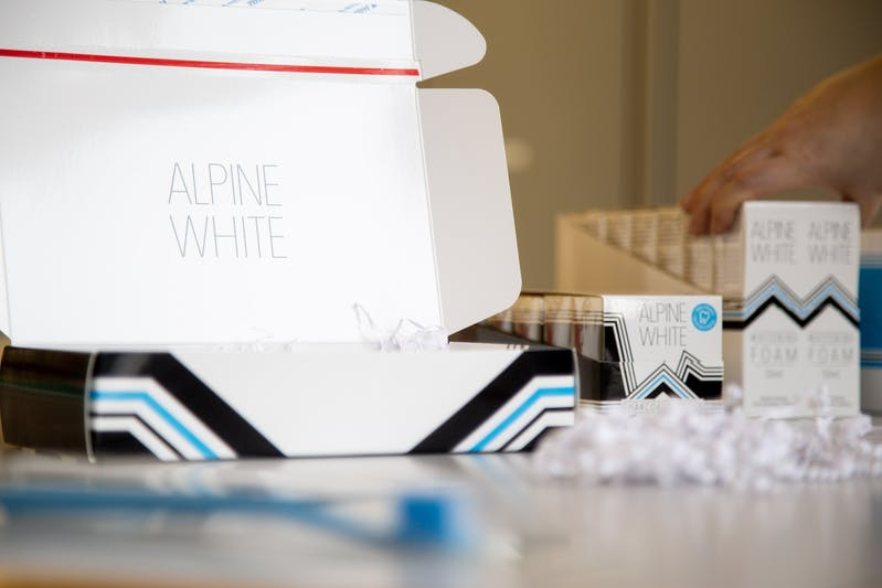 Order picking of Alpine White products