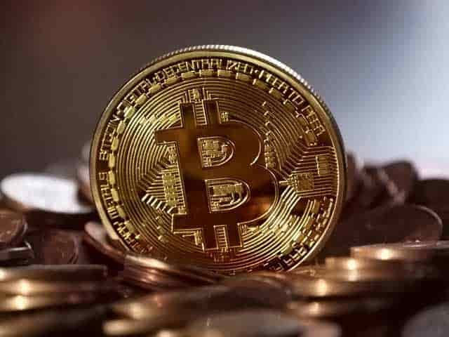 how to short bitcoin