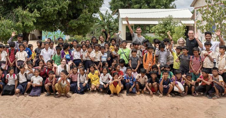 Amigo Loans on Tour - Helping Hands in Cambodia (Part 1)