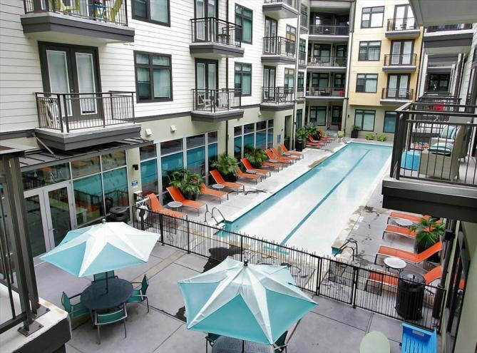 AMLI 5350 luxury apartment pool Austin