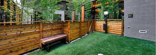 Second outdoor Pet Run with brown fencing bench at AMLI South Lake Union