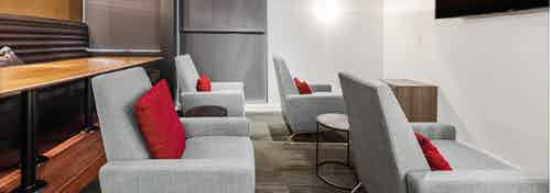 Host your guests in our indoor theatre and watch your favorite movies and sports at AMLI Wallingford