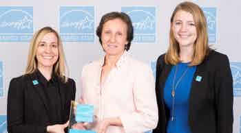 AMLI employees accepting the ENERGY STAR 2019 Partner of the Year award from the Environmental Protection Agency