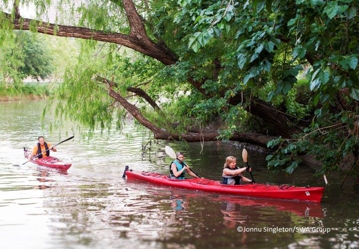 kayakers on the water at Buffalo Bayou Park