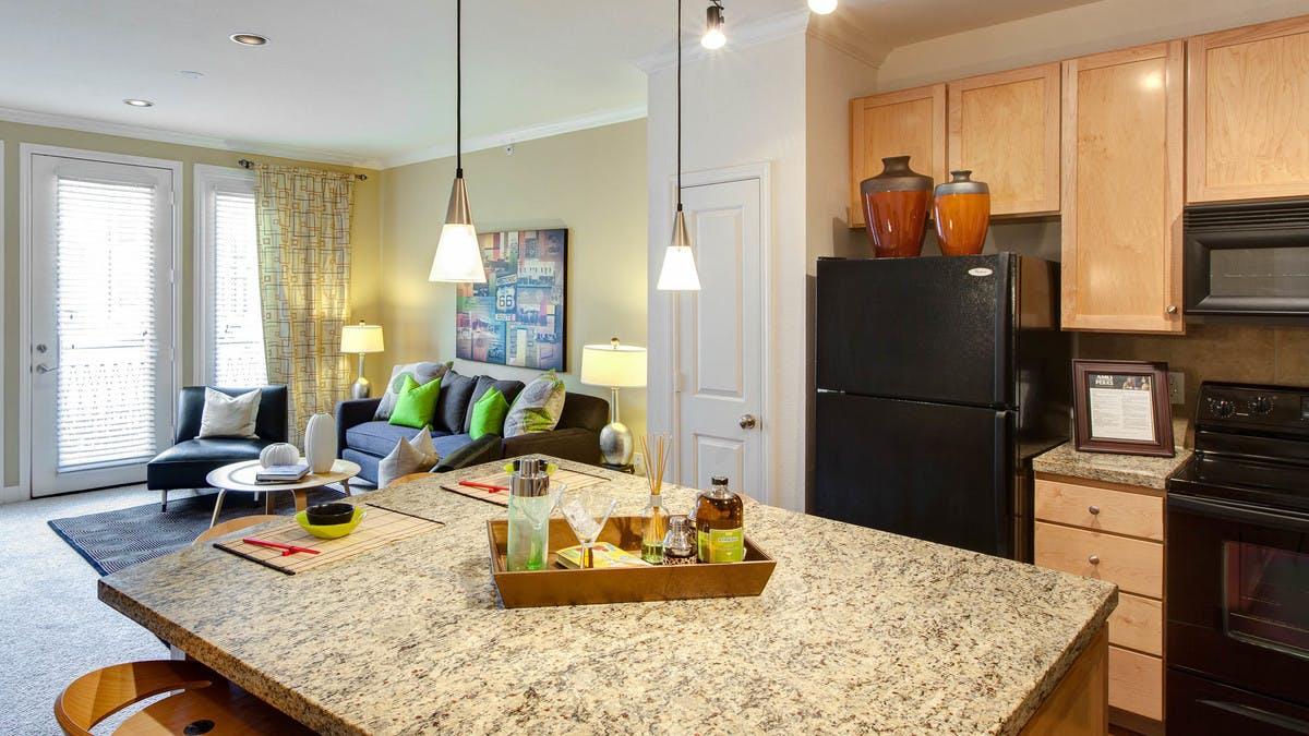 AMLI Apartment Lounge