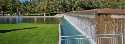 Downtown Bellevue Park near AMLI Bellevue Park gorgeous pond and walking path seating area and huge green grassy area