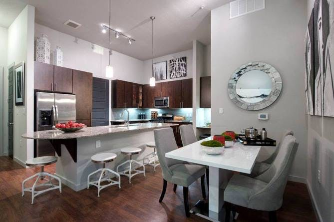 AMLI Uptown Houston Galleria apartments
