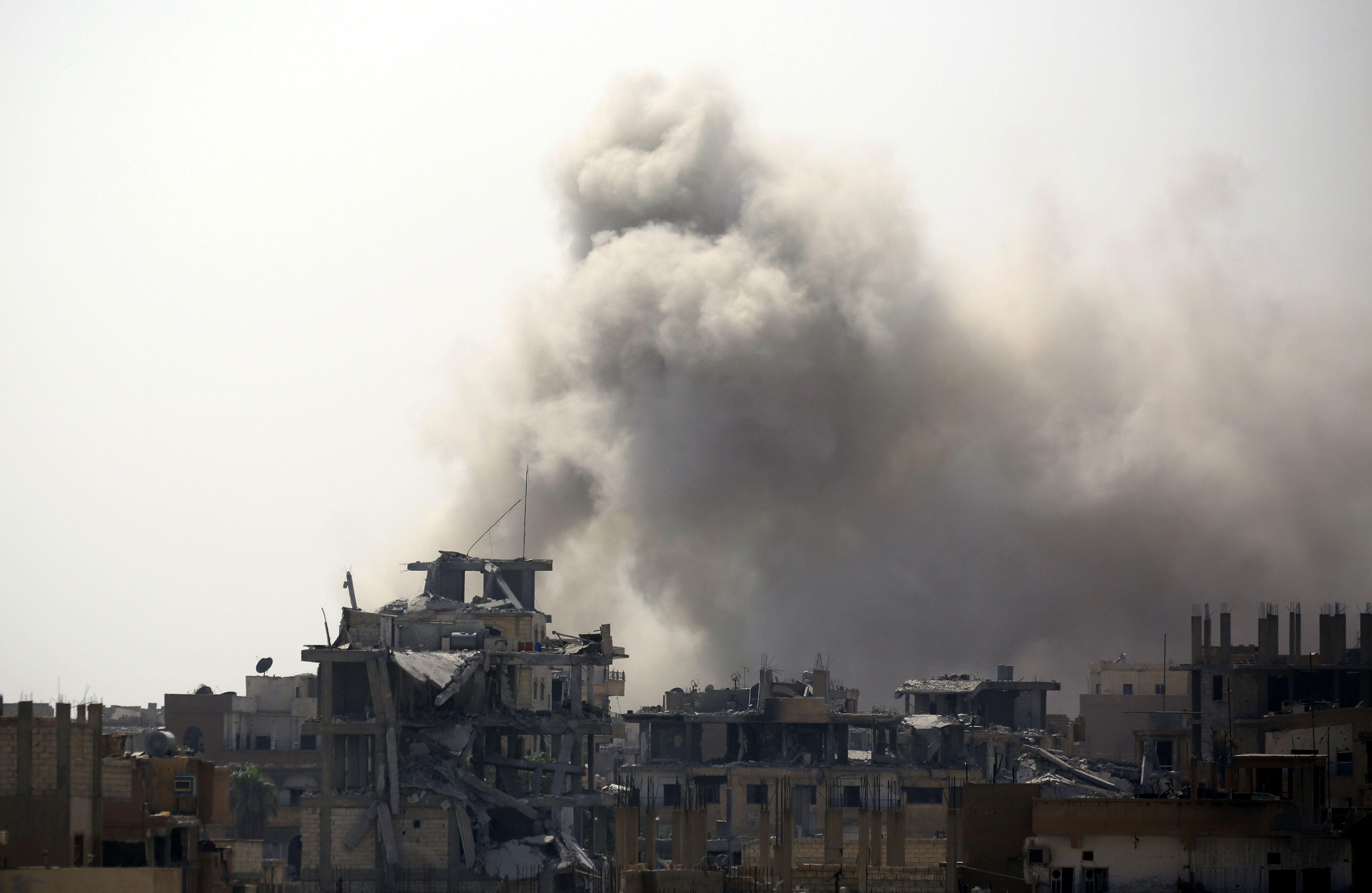 Syrie - conflit à Raqqa - bombardements