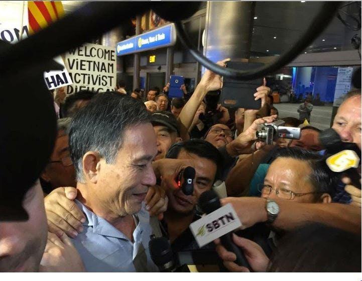 Nguyen Van Hai, aussi connu sous le nom de Dieu Cay le jour de sa libération le 21 October 2014 après 4 ans d'emprisonnement