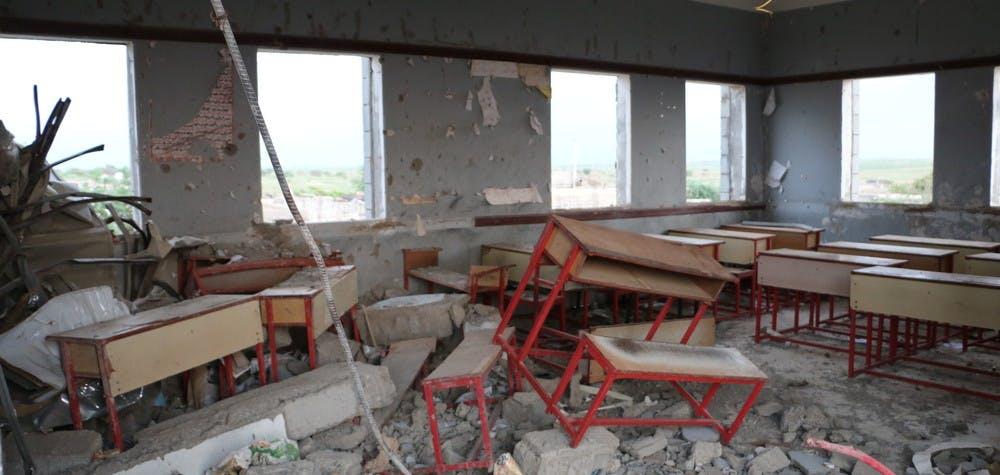L'école al Asma après une attaque aérienne de la coalition dirigée par l'Arabie saoudite en novembre 2015