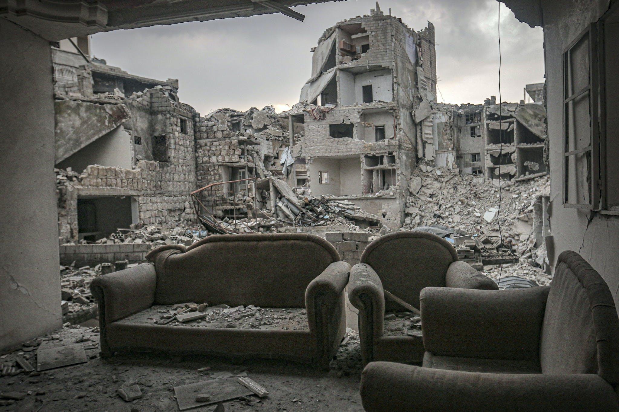 Des bâtiments abandonnés et détruits dans le district d'Ariha à Idlib, Syrie, février 2019