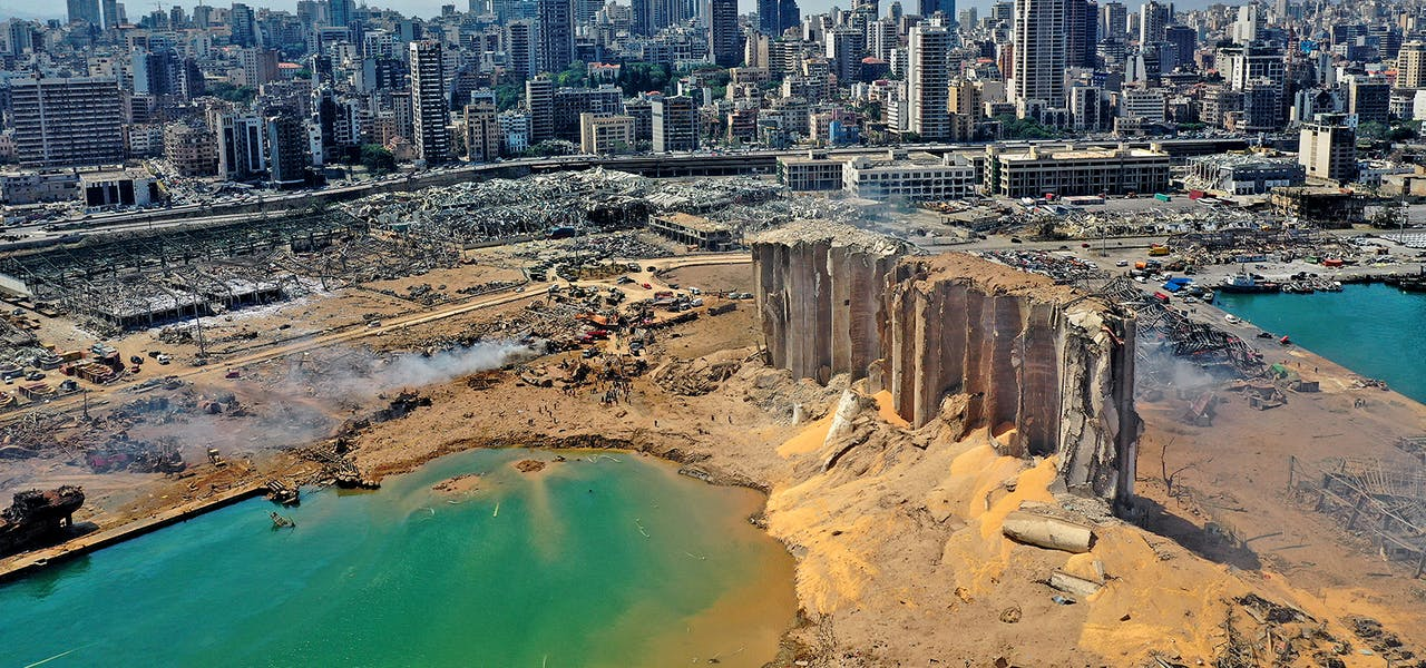 Après l'explosion qui a ravagé le port de Beyrouth, le 4 août 2020