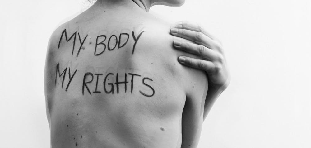 "Une photo de la série commandée par Amnesty International Islande pour la campagne mondiale ""My Body My Rights"""