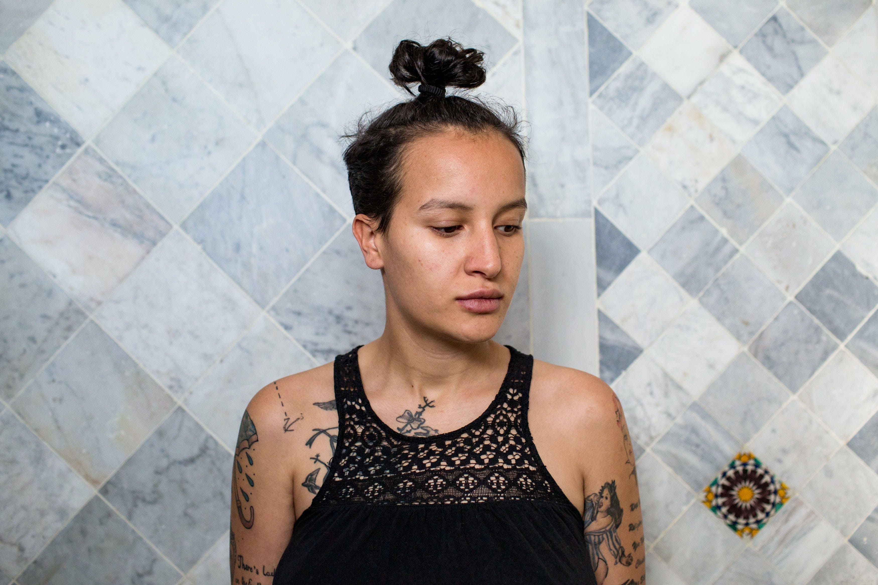 Amina, ancienne Femen, a créé ce refuge qui accueille les personnes LGBT persécutées