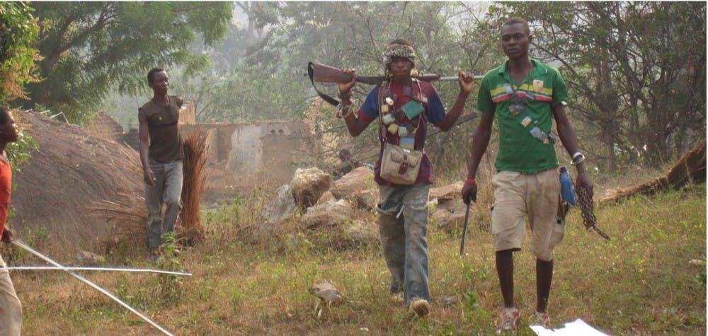 Membres d'une milice anti-Balaka. Nord de Bangui janvier 2014