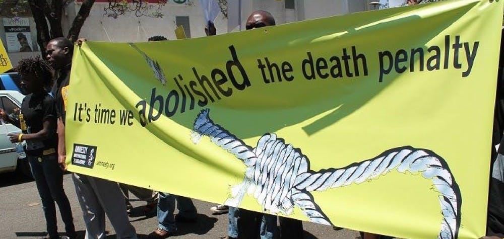 Les militants d'Amnesty Zimbabwe manifestent contre la peine de mort