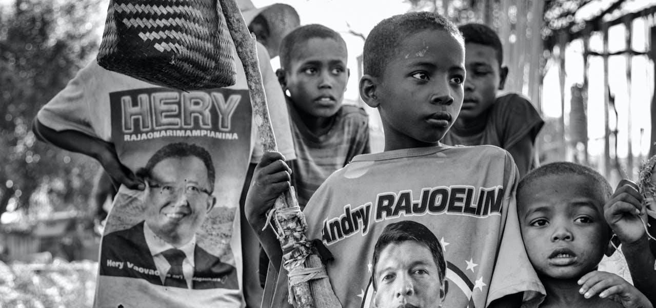Amnesty International France - Madagascar Le sud de Madagascar est en crise. La région sud du pays, communément appelée Le Grand Sud, connaît actuellement la pire sécheresse depuis 40 ans. Plus d'un million de personnes sont au bord de la famine